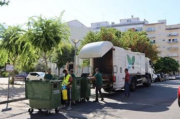 Limpeza e higienização de contentores de resíduos sólidos